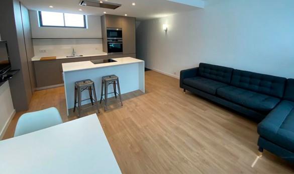 Xavier Gero Interiorisme Barcelona proyecto Zamora sala d'estar cocina